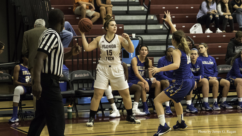 Eckerd Beats FIT in Women's Conference Opener