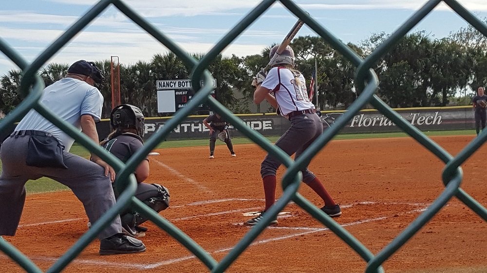 Florida Tech Sweeps Mustangs in Doubleheader