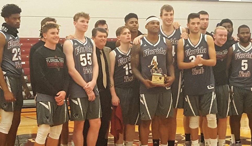 Panthers Win Thanksgiving Tournament Title